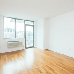 A $1,926.00, 0 bed / 1 bathroom apartment in Astoria