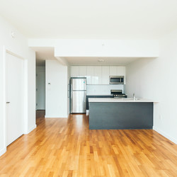A $1,926.00, 0 bed / 1 bathroom apartment in Astoria