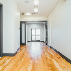 A $2,933.00, 3 bed / 1 bathroom apartment in Ridgewood