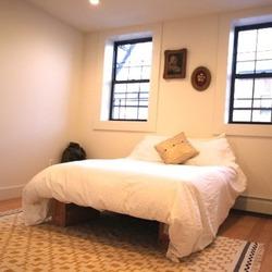 A $1,150.00, 3 bed / 1 bathroom apartment in Bushwick