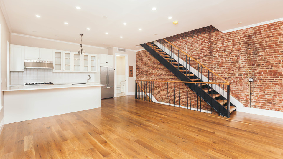A $7,795.00, 5 bed / 5 bathroom apartment in Crown Heights