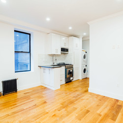 A $3,923.00, 3 bed / 2 bathroom apartment in Clinton Hill