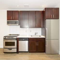 A $3,571.00, 2 bed / 1 bathroom apartment in Park Slope