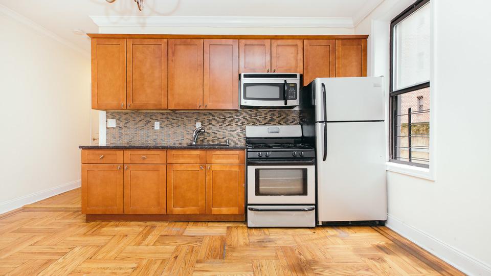 A $1,800.00, 2 bed / 1 bathroom apartment in Flatbush
