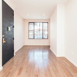 A $3,985.00, 4 bed / 2.5 bathroom apartment in Bushwick