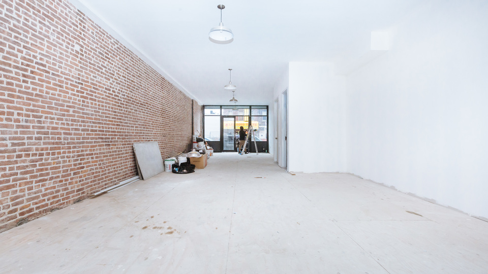 A $2,950.00, 0 bed / 1 bathroom apartment in East New York