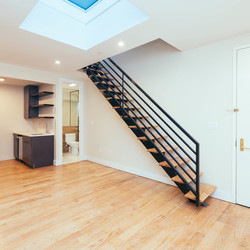 A $4,106.00, 4 bed / 1.5 bathroom apartment in Williamsburg