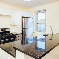A $2,739.00, 2 bed / 1 bathroom apartment in Greenpoint