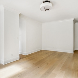 A $2,865.00, 0 bed / 1 bathroom apartment in Chelsea