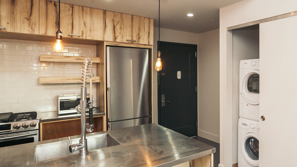 A $3,377.00, 2 bed / 2 bathroom apartment in Greenpoint