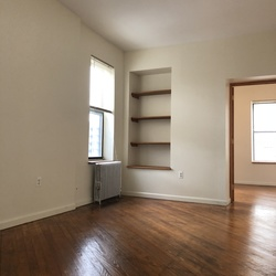 A $1,800.00, 1 bed / 1 bathroom apartment in Ridgewood