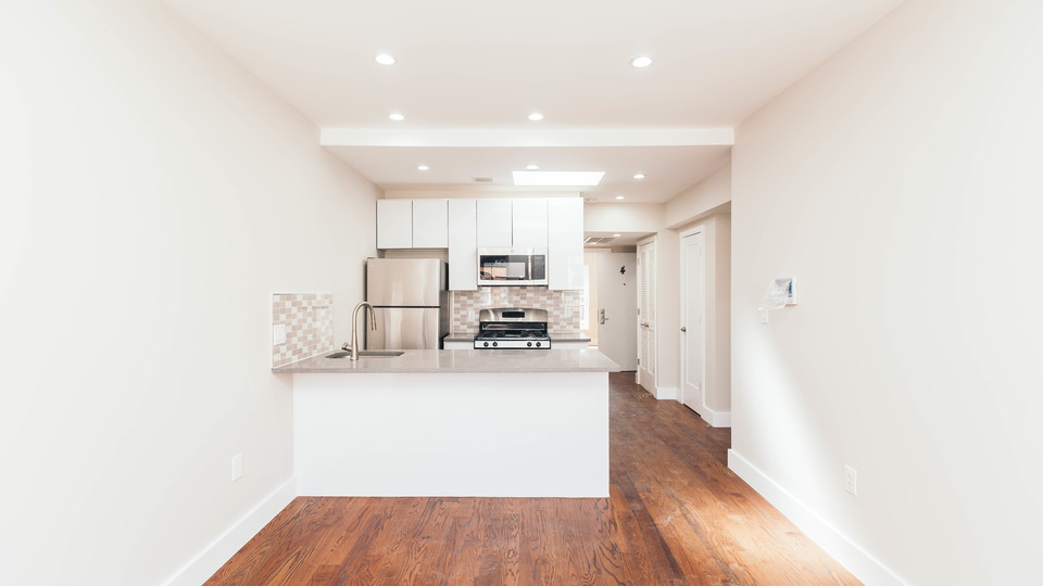 A $2,995.00, 3 bed / 1 bathroom apartment in Bed-Stuy