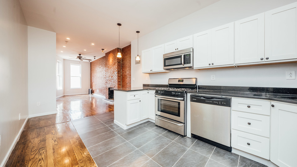 A $2,625.00, 2 bed / 1 bathroom apartment in Bed-Stuy