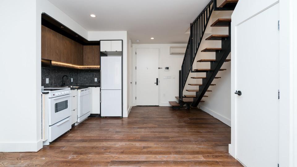 A $2,700.00, 1 bed / 1.5 bathroom apartment in Bushwick