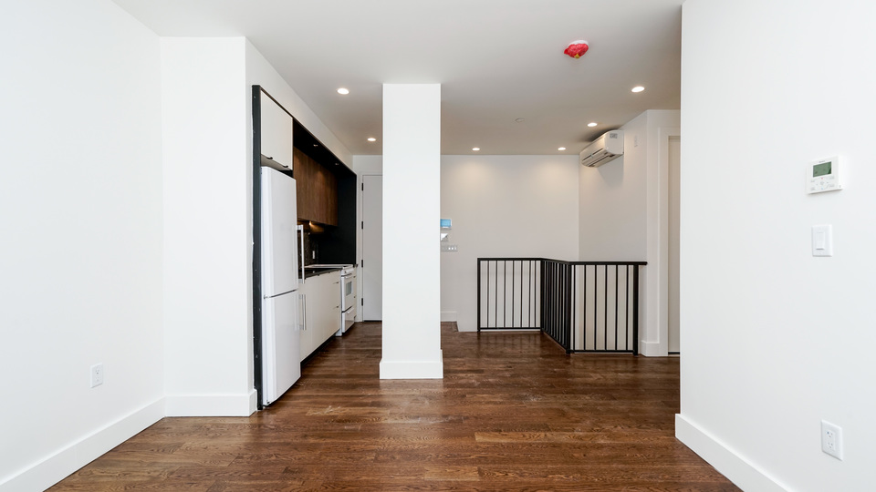 A $2,600.00, 2 bed / 1.5 bathroom apartment in Bushwick