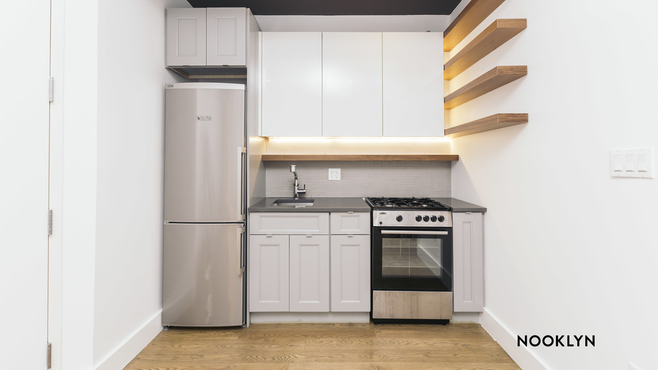 A $2,474.00, 2 bed / 1 bathroom apartment in Williamsburg