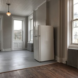 A $2,050.00, 1.5 bed / 1 bathroom apartment in Ridgewood