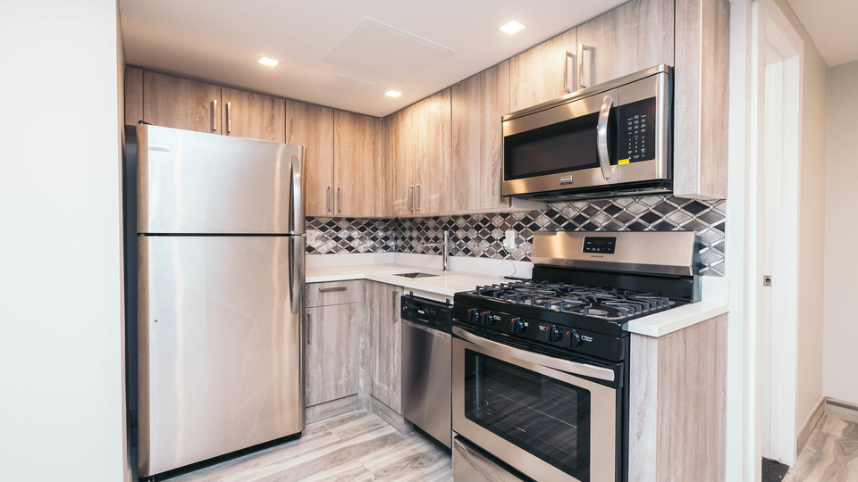 A $1,925.00, 2 bed / 1 bathroom apartment in Bed-Stuy