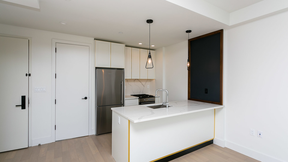 A $3,900.00, 2 bed / 1 bathroom apartment in Sunset Park
