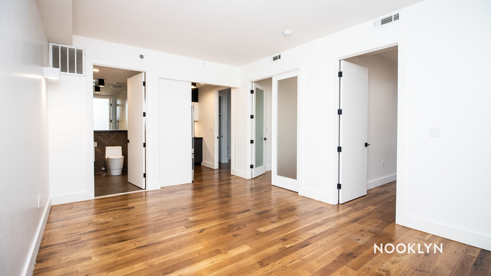 A $2,650.00, 3 bed / 1 bathroom apartment in PLG: Prospect Lefferts Gardens