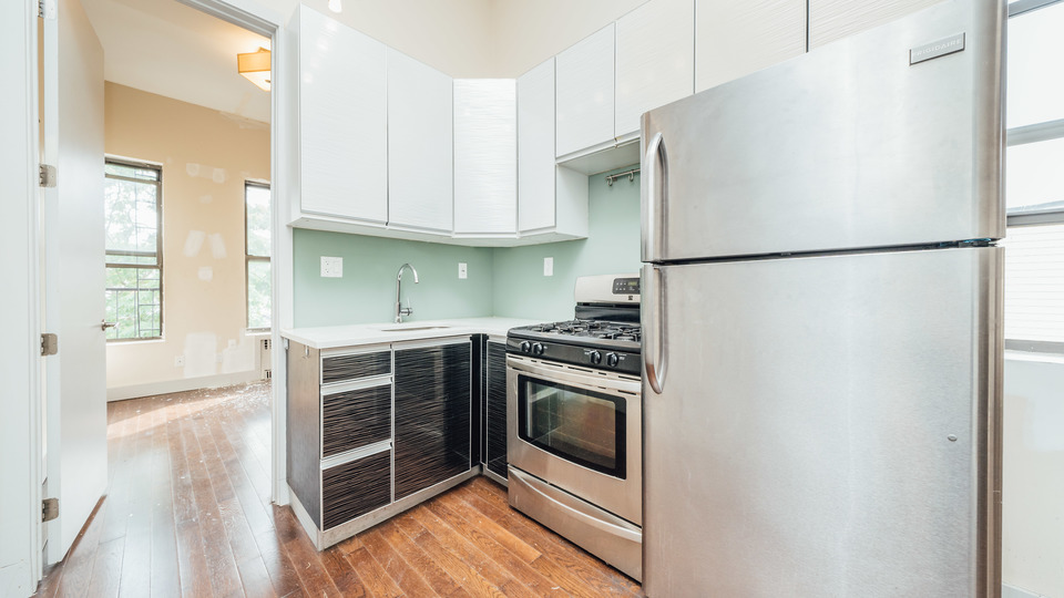 A $3,850.00, 4 bed / 1.5 bathroom apartment in Bushwick