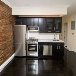A $5,775.00, 3 bed / 2 bathroom apartment in West Village