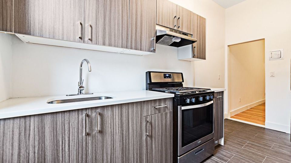 A $1,650.00, 0 bed / 1 bathroom apartment in Bed-Stuy