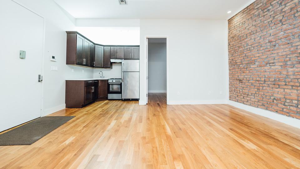 A $2,275.00, 3 bed / 1 bathroom apartment in Bushwick