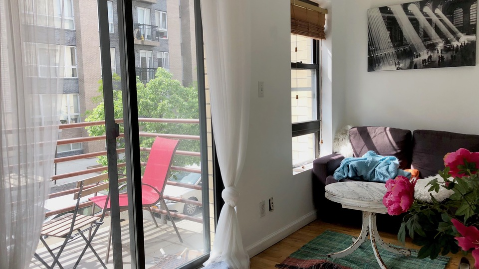 A $2,550.00, 2 bed / 1 bathroom apartment in Williamsburg