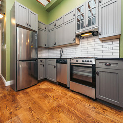 A $3,666.00, 3 bed / 1 bathroom apartment in Williamsburg