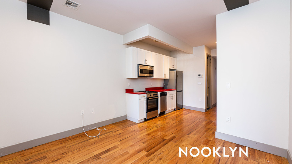 A $1,900.00, 2 bed / 1 bathroom apartment in Bed-Stuy