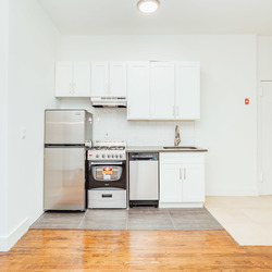 A $2,250.00, 3 bed / 1 bathroom apartment in Crown Heights