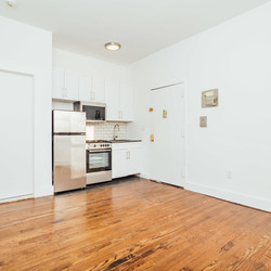 A $1,900.00, 2 bed / 1 bathroom apartment in Crown Heights
