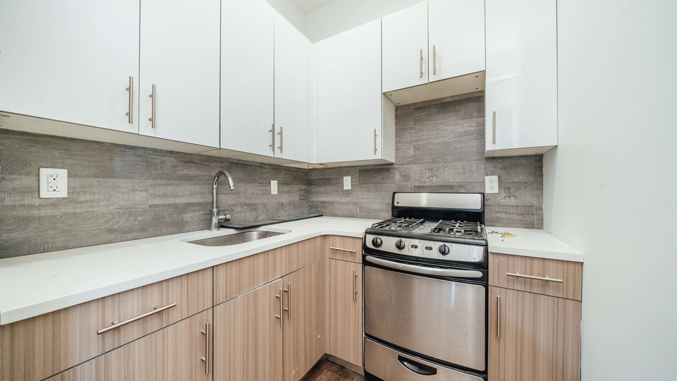 A $2,500.00, 2.5 bed / 1.5 bathroom apartment in Williamsburg