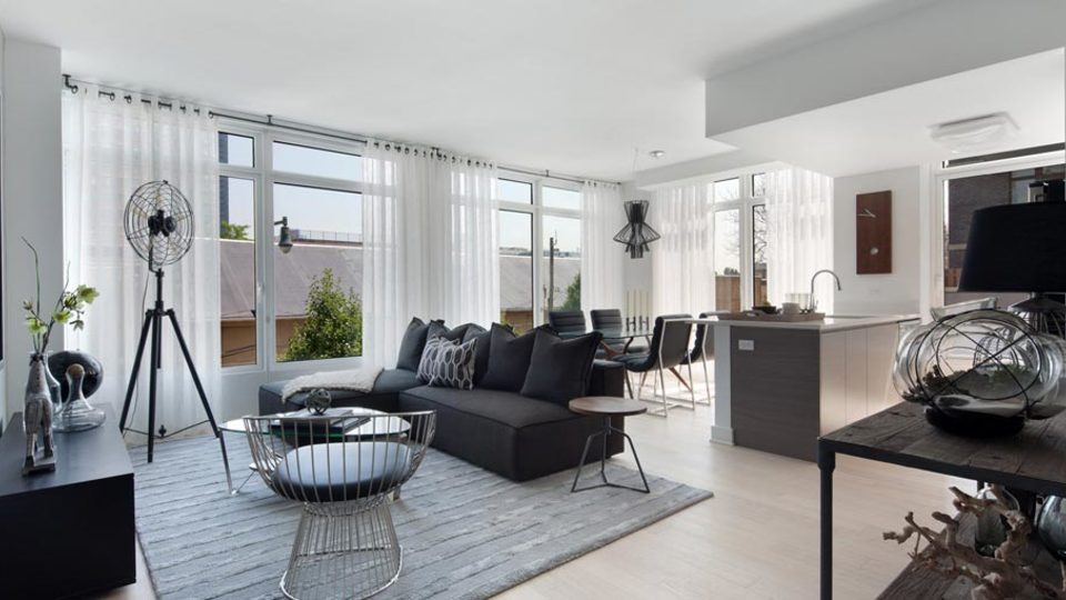 A $2,675.00, 0 bed / 1 bathroom apartment in Long Island City