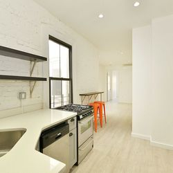 A $2,975.00, 3 bed / 1 bathroom apartment in Ridgewood