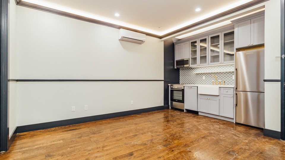 A $3,354.00, 2 bed / 2 bathroom apartment in Crown Heights