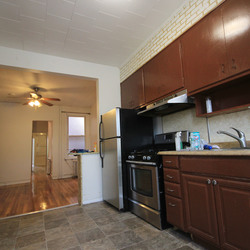 A $2,200.00, 2.5 bed / 1 bathroom apartment in Ridgewood