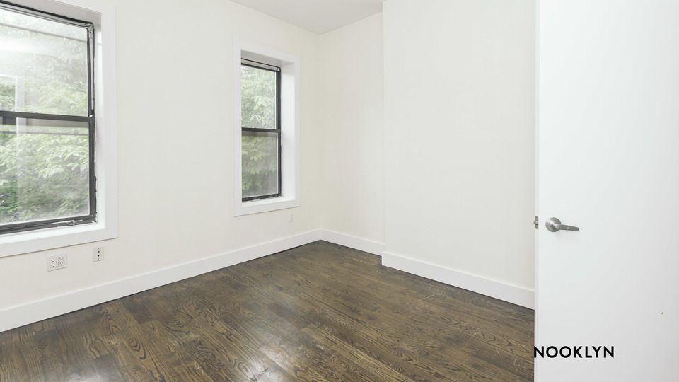 A $3,400.00, 3 bed / 1 bathroom apartment in Williamsburg