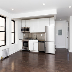 A $2,750.00, 3 bed / 1 bathroom apartment in Bushwick