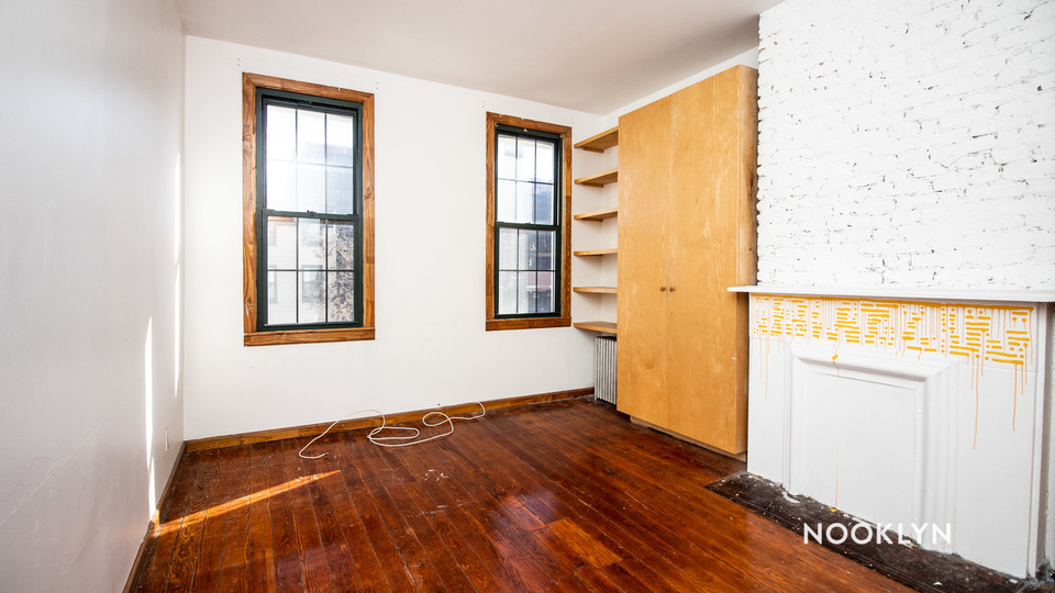A $1,800.00, 2 bed / 1 bathroom apartment in Bushwick