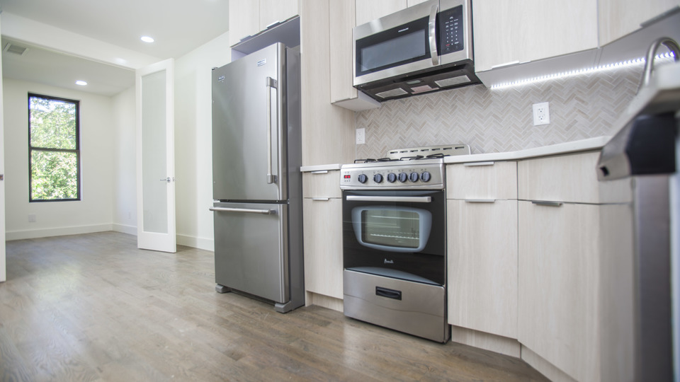 A $2,300.00, 3 bed / 2 bathroom apartment in Bushwick