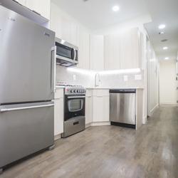 A $2,800.00, 3 bed / 2 bathroom apartment in Bushwick