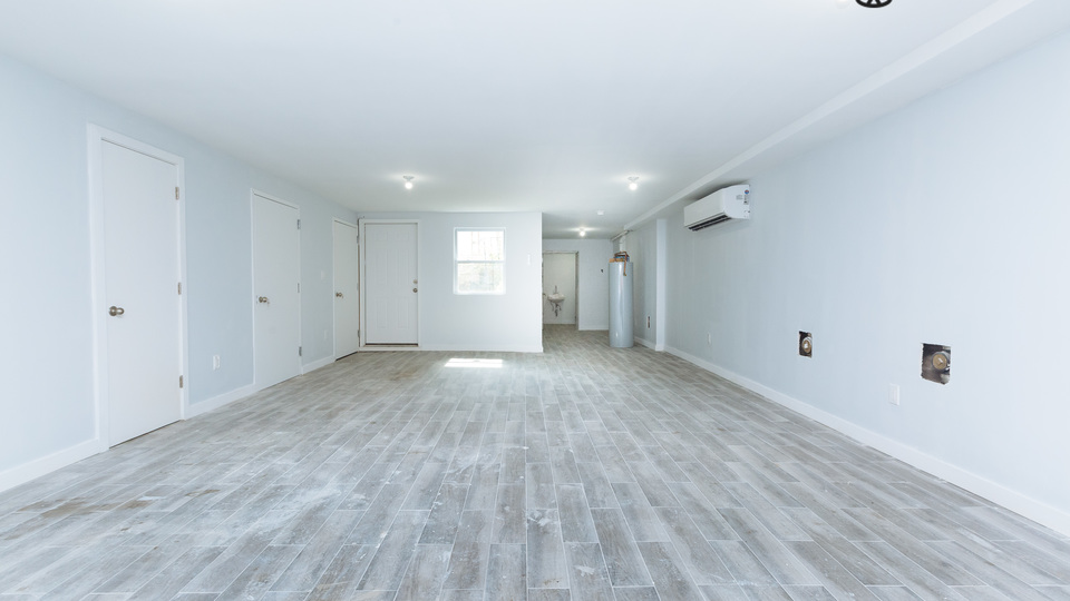 A $4,500.00, 0 bed / 1 bathroom apartment in Greenpoint