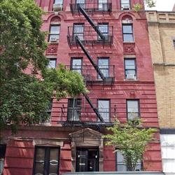 A $2,900.00, 0 bed / 1 bathroom apartment in Greenwich Village