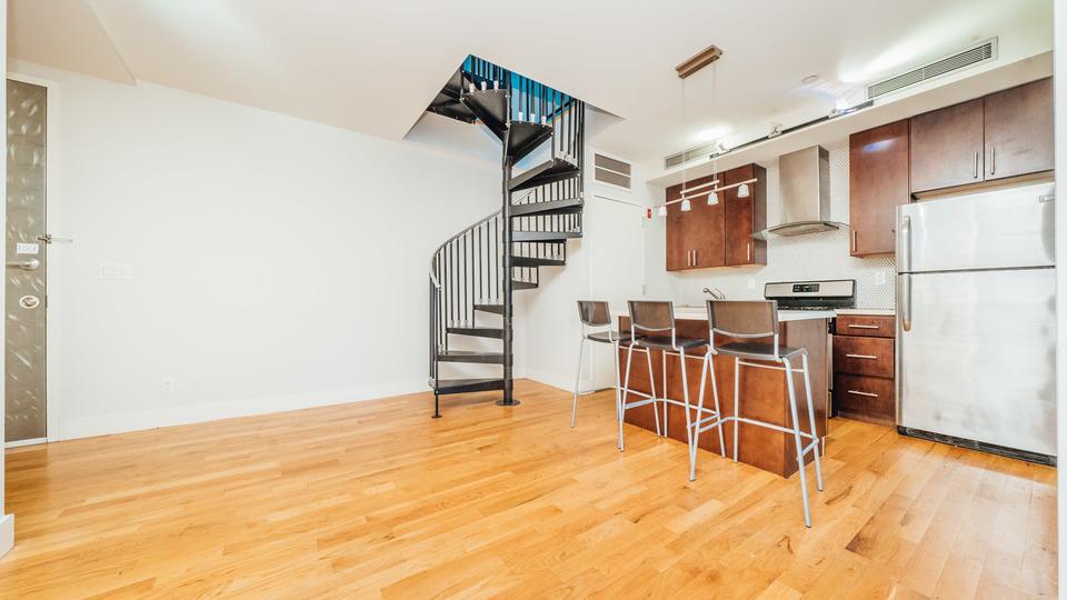 A $4,035.00, 4 bed / 2 bathroom apartment in Bushwick
