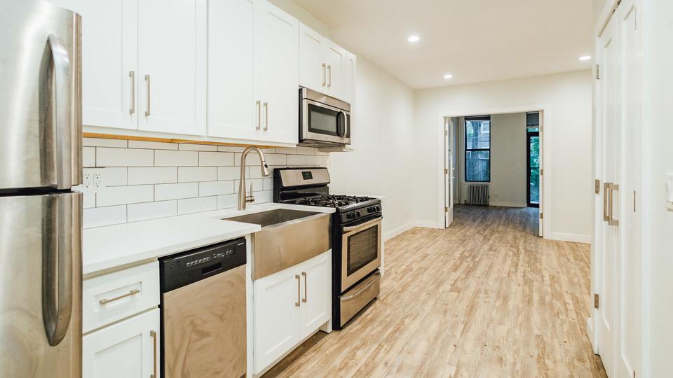 A $2,477.00, 2 bed / 2 bathroom apartment in Bushwick