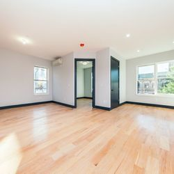 A $2,521.00, 3 bed / 1.5 bathroom apartment in Bed-Stuy