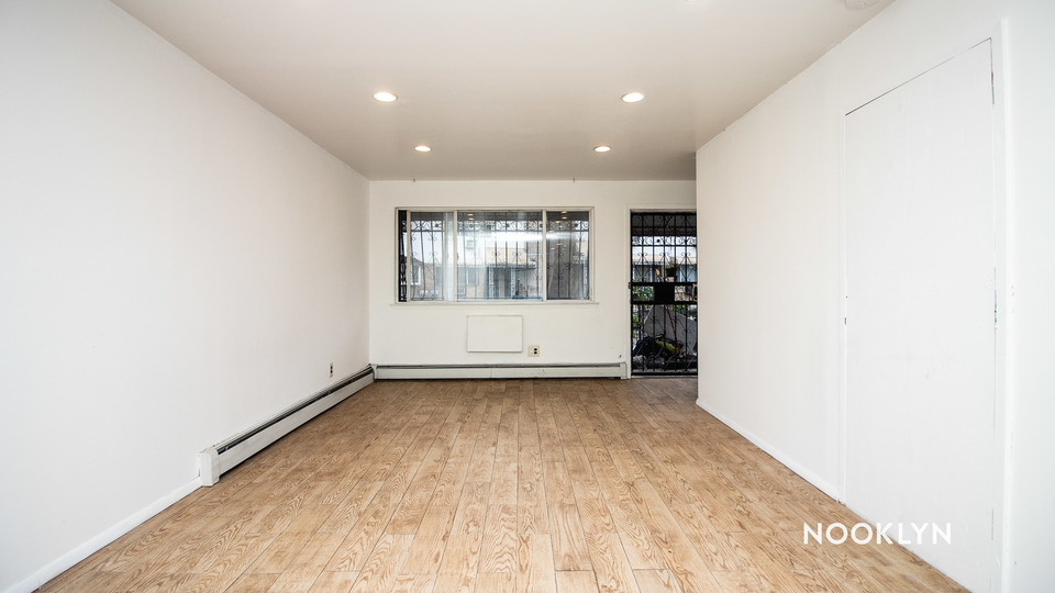 A $2,700.00, 2 bed / 1.5 bathroom apartment in Williamsburg