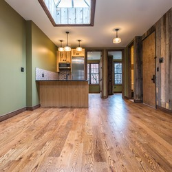 A $5,400.00, 4 bed / 2 bathroom apartment in Williamsburg